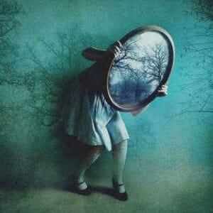 mirror girl2