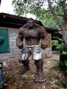incredible hulk sculpture