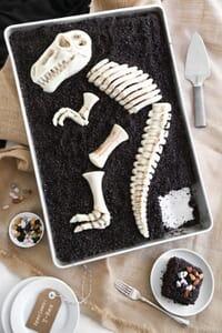 trex dig cake