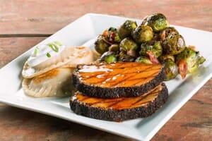 Quaker Steak Lube Coffee and Spice Crusted Pork Loin 768x512 1